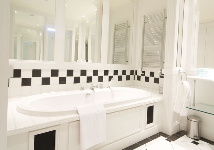 York Bathroom | Duke House | City Centre Boutique Bed and Breakfast | Duke House, Cambridge, UK